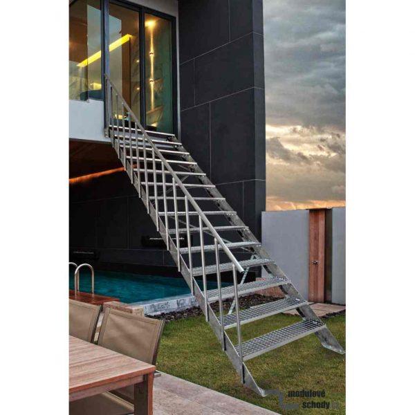 Venkovni modulove schody na terasu i do patra_pozinkovane ocelove schodiste Atrium Step